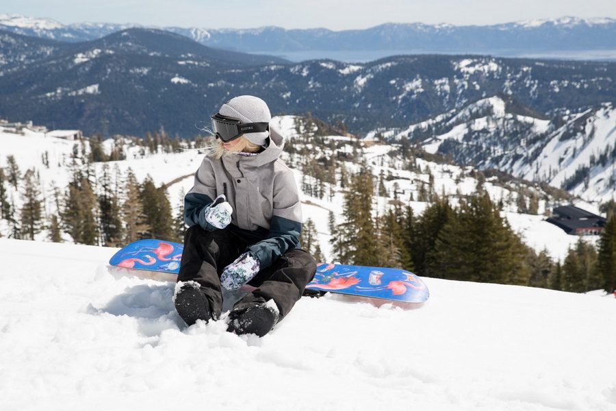volcom-snowboarding-outerwear-2017-collection-09