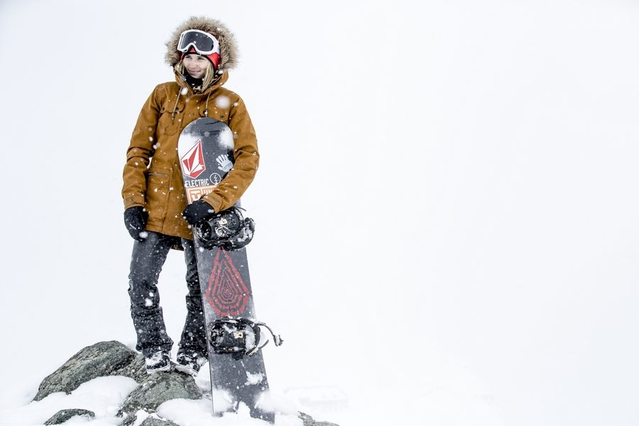 volcom-snowboarding-outerwear-2017-collection-10