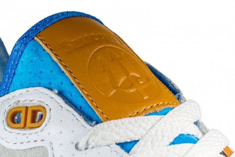 sneakers76-x-saucony-originals-shadow-5000-the-legend-of-god-taras-06b