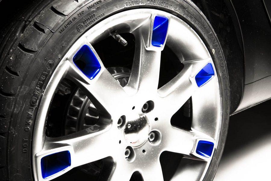 thearsenale-x-alcantara-blue-smart-05