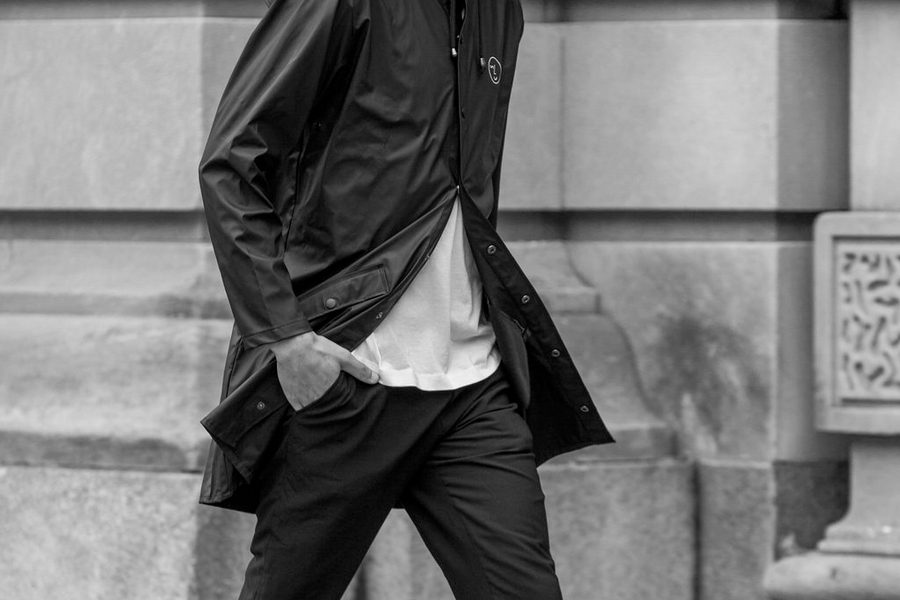 vsco-x-rains-long-jacket-03