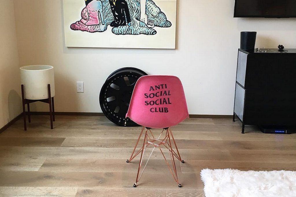 Anti Social Social Club dévoile sa collaboration avec Modernica