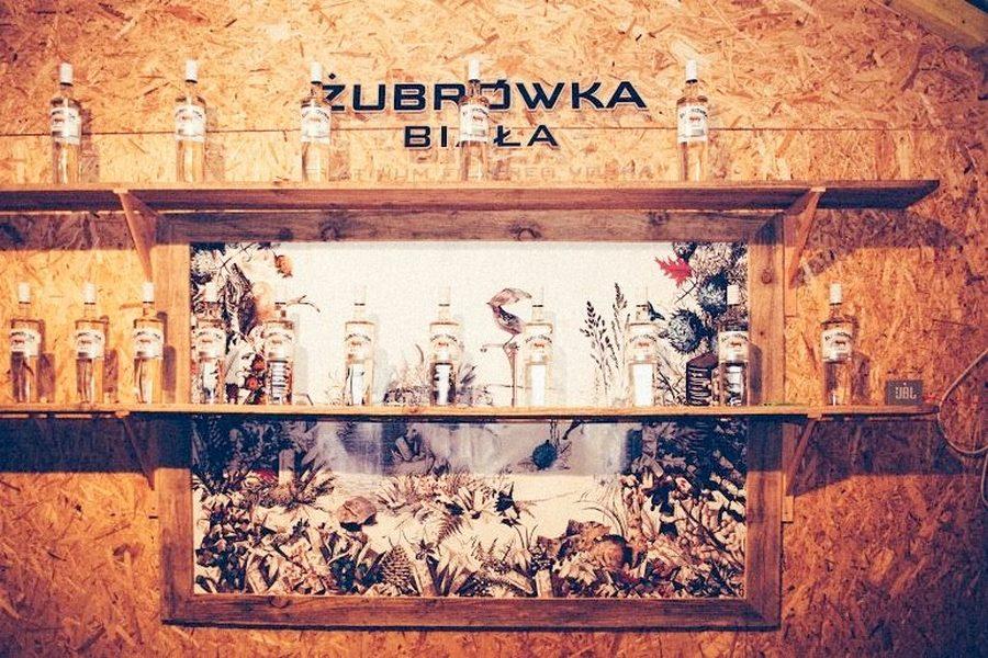 cafe-altitude-by-zubrowka-vodka-03