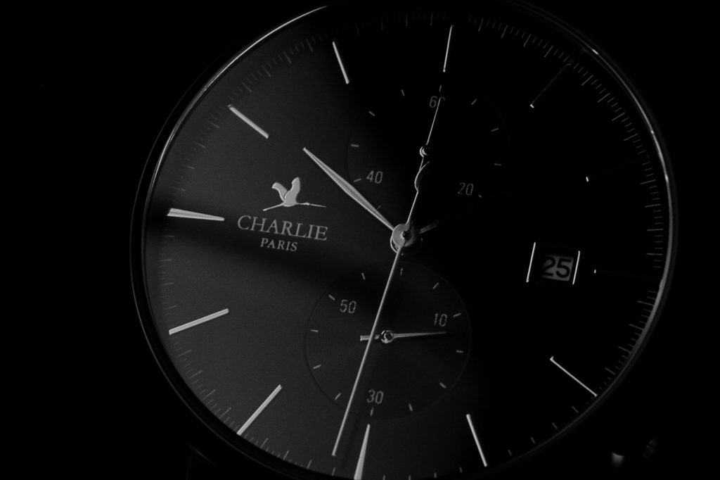 "Charlie Watch Horizon ""Dark"""