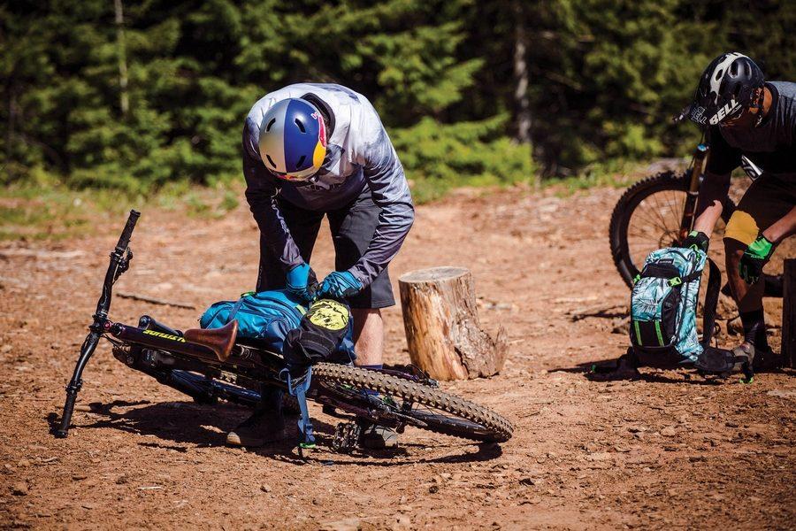 dakine-montain-bike-collection-04