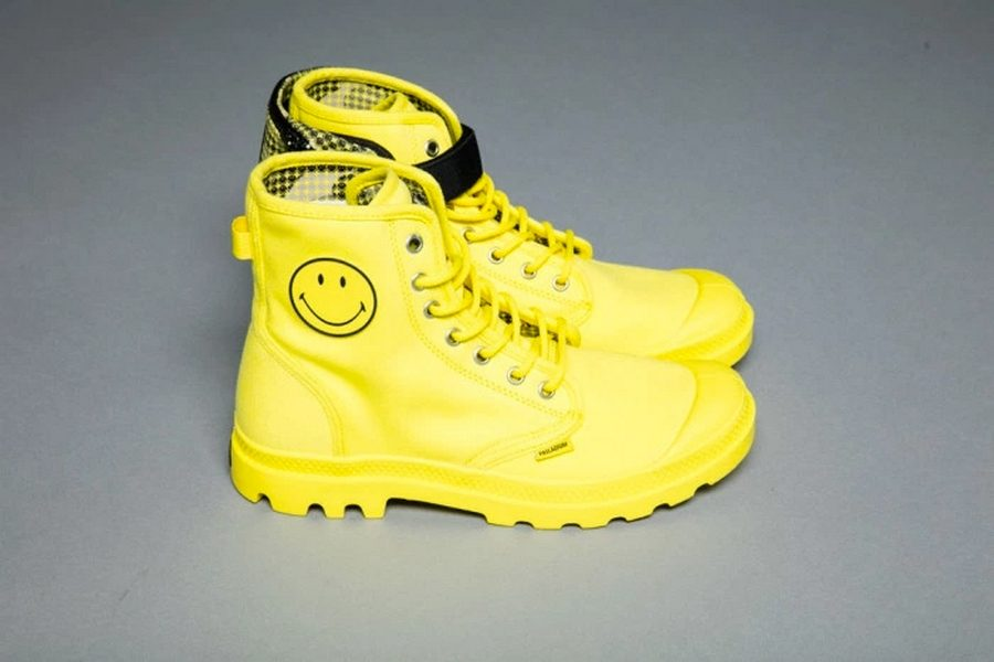 palladium-x-smiley-boots-festival-survival-kit-04