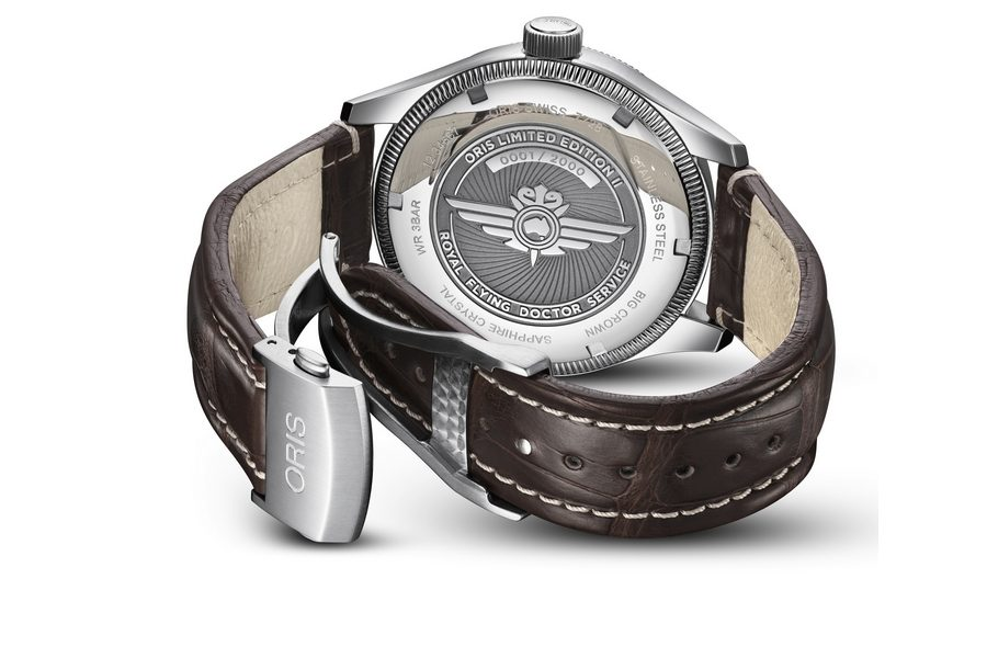Oris-Royal-Flying-Doctor-Service-Limited-Edition-II-04