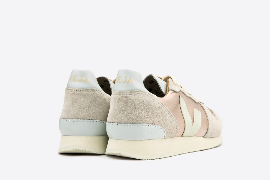 VEJA-HOLIDAY-CANVAS-SILK-QUARTZ-NATURAL-PIERRE-03