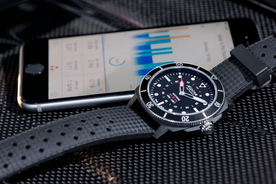 alpina-seastrong-horological-smartwatch-03