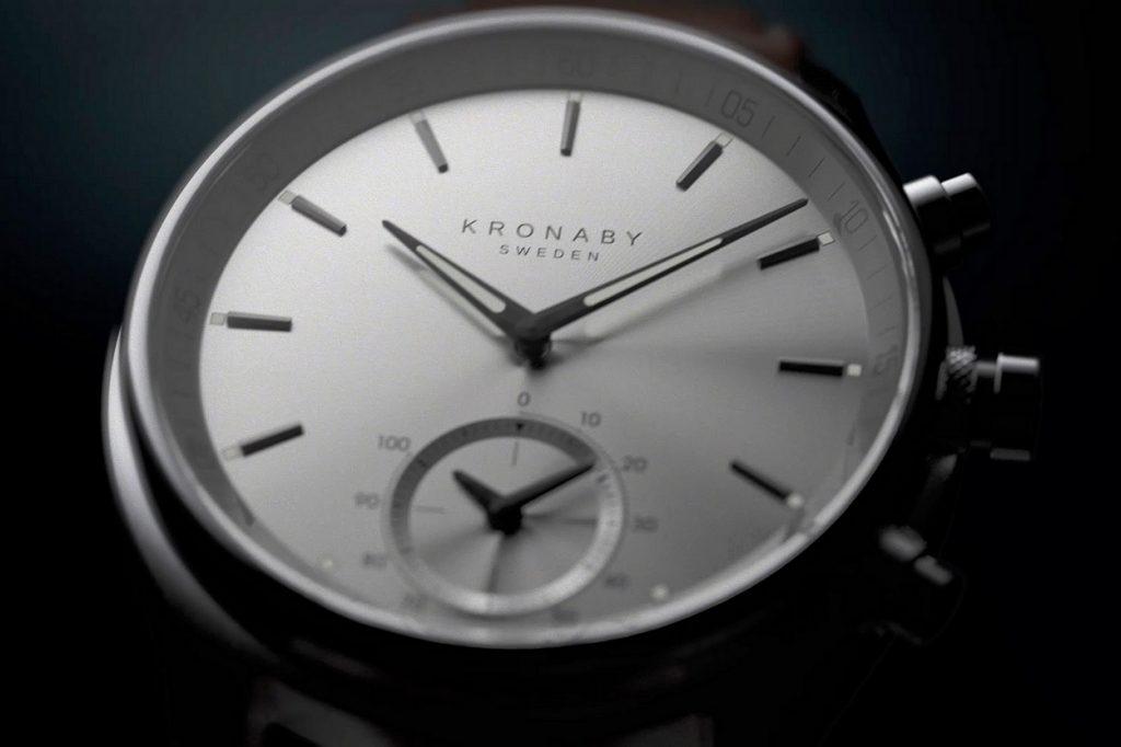 Kronaby dévoile sa première collection de montres premium connectées
