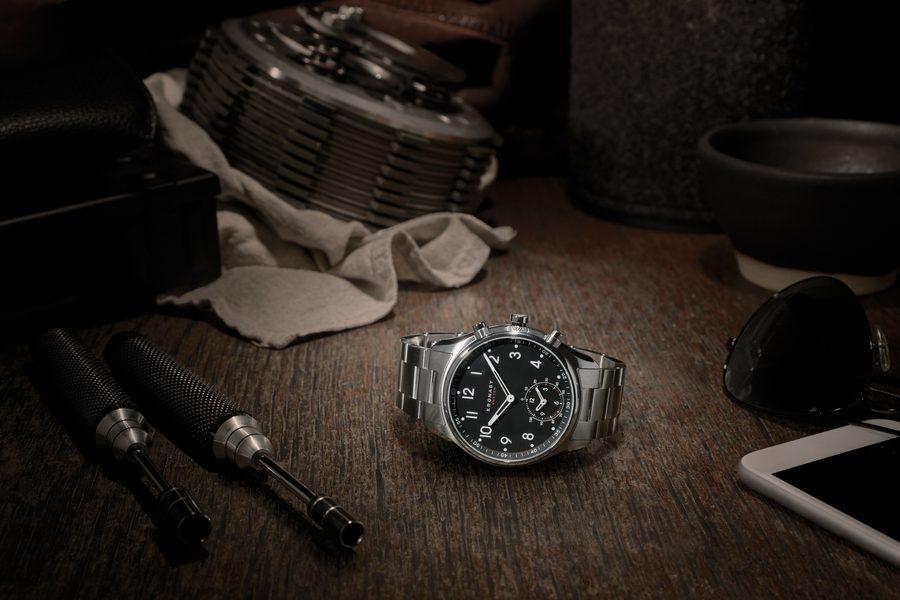 kronaby-smartwatch-03