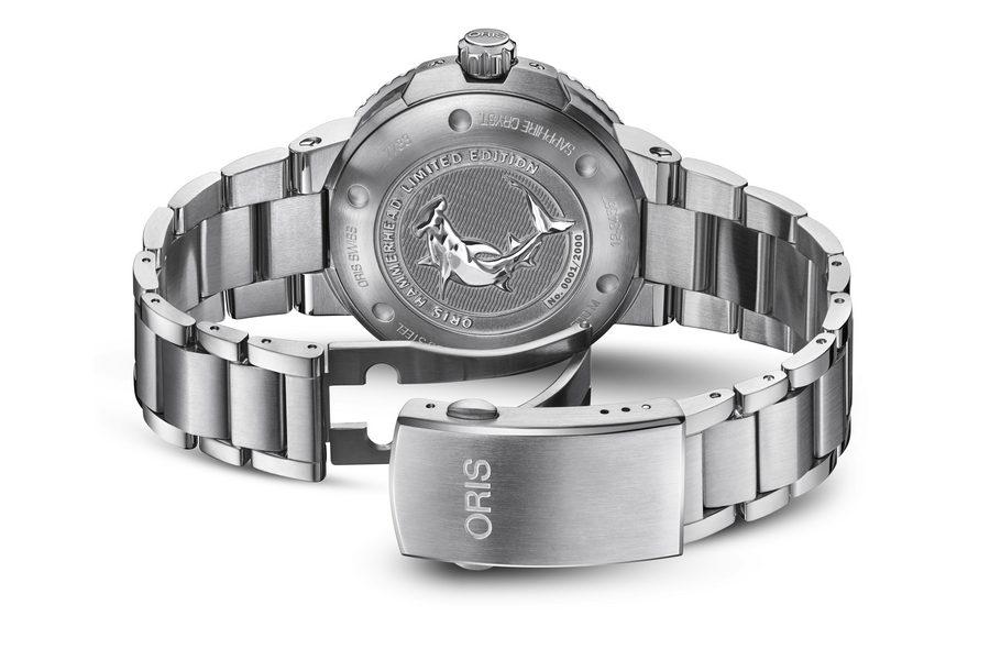 oris-hammerhead-watch-limited-edition-02