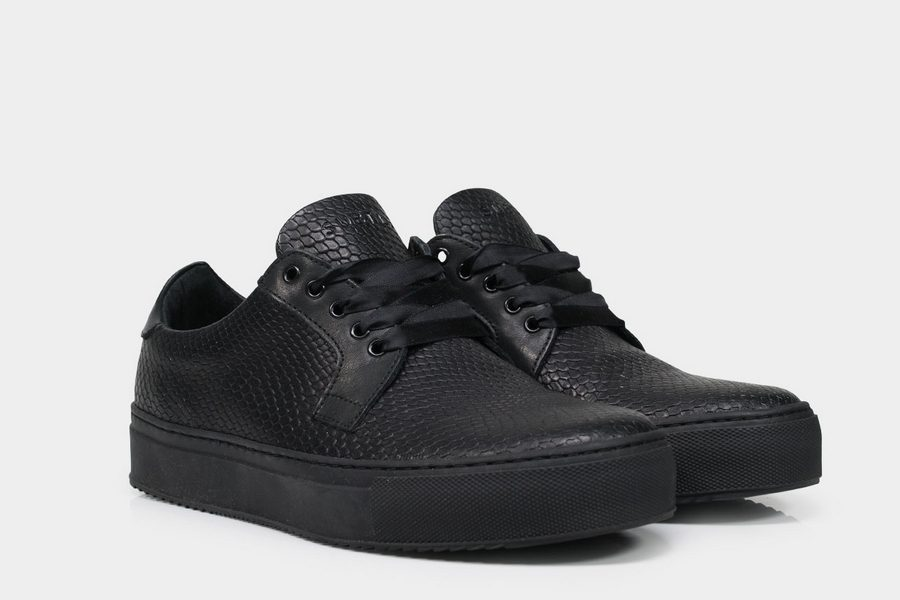 subtle-delta-sneaker-03