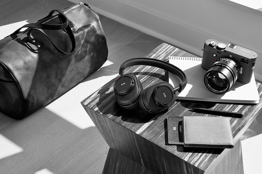 leica-master-and-dynamic-0-95-headphones-collection-03