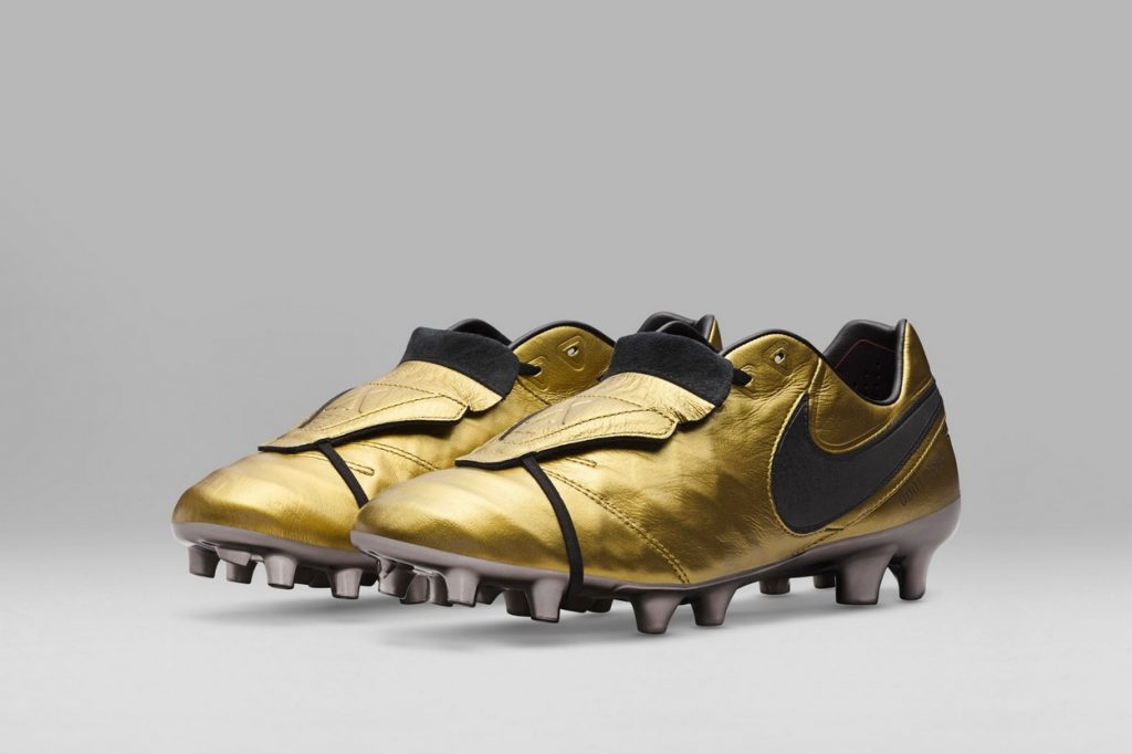 Nike Football Tiempo Totti x Roma