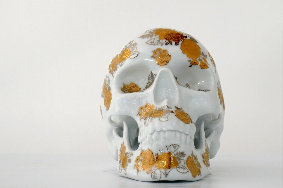 noon-kolin-tribu-skull-gold-flowers-02
