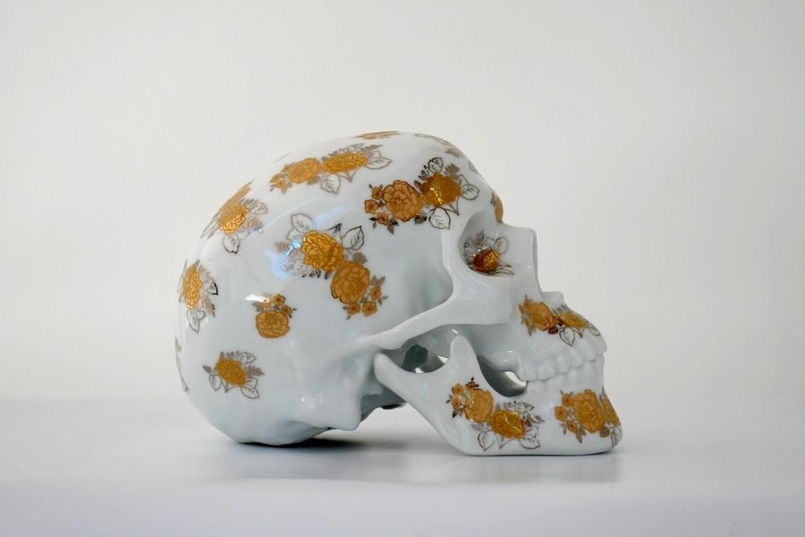noon-kolin-tribu-skull-gold-flowers-03