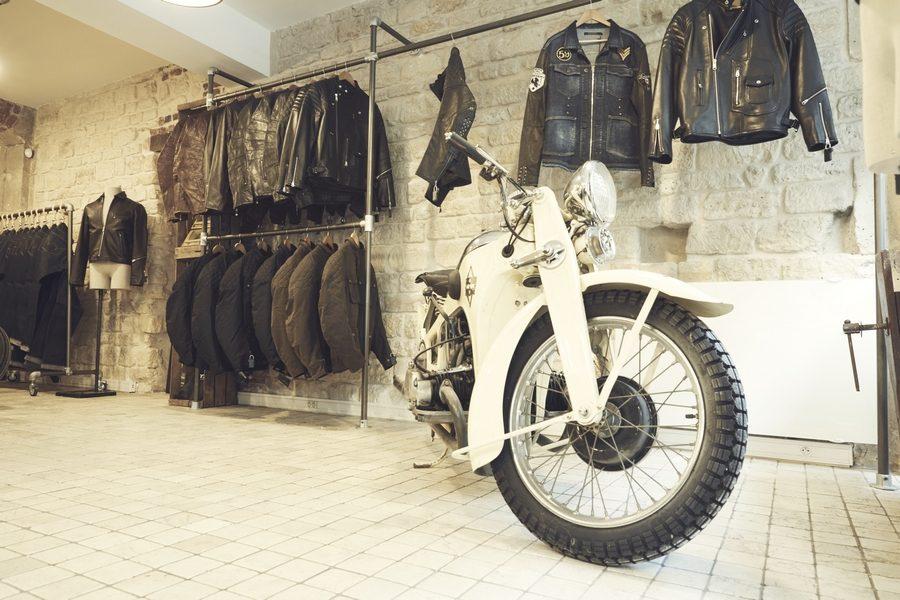 mr-s-motorcycles-paris-02