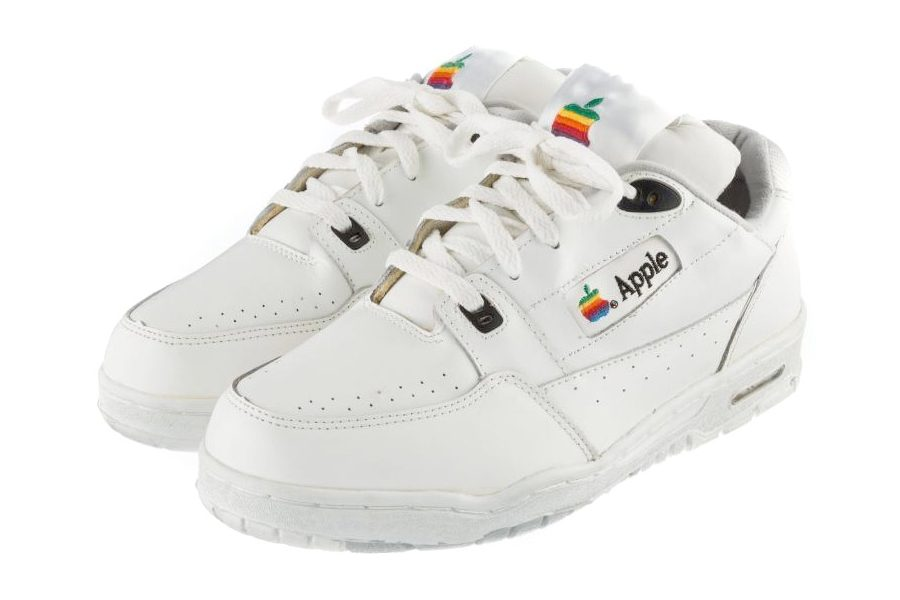 apple-computeur-sneakers-02