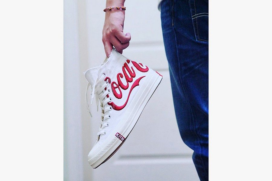 collaboration-kith-x-coca-cola-x-converse-sneaker-04