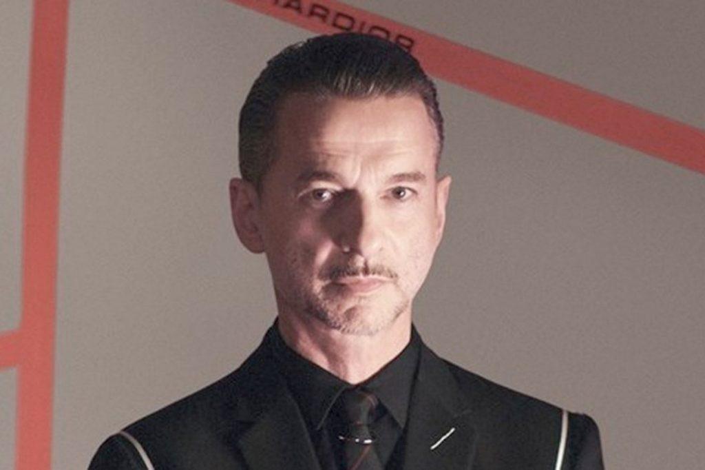 Le chanteur de Depeche Mode est le nouveau visage de Dior Homme