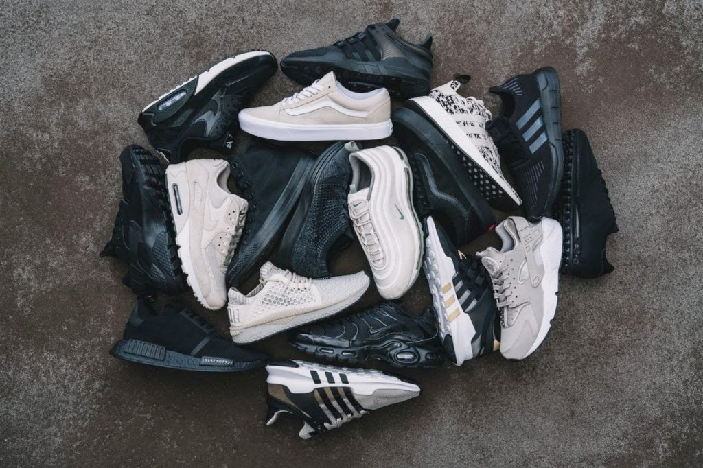 "Foot Locker lance la collection ""Black & Sand"" pour la rentrée"