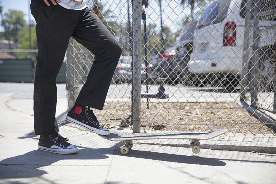 Converse-Cons-x-Chocolate-Skateboards-05