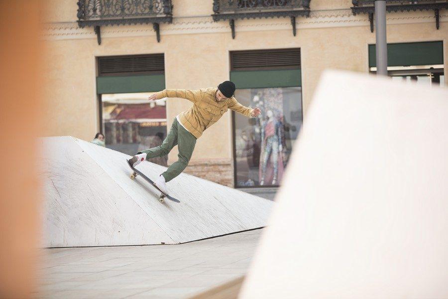 Converse-Cons-x-Chocolate-Skateboards-10