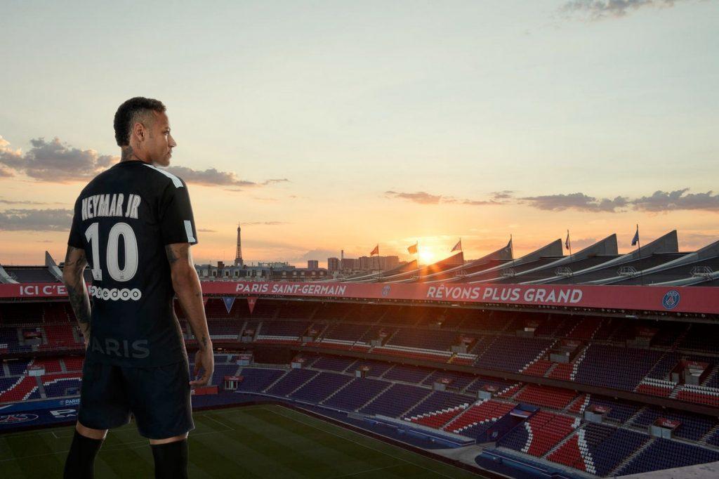 Nike présente la troisième tenue du Paris Saint-Germain pour la saison 2017-2018