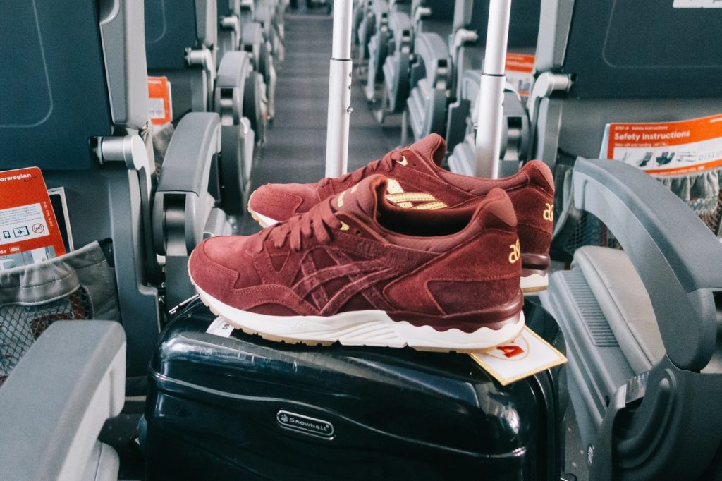 "SNEAKERNESS x ASICS GEL-Lyte V ""Passport"""