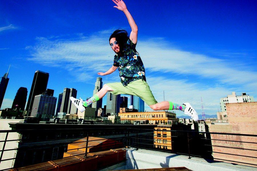 steve-aoki-x-happy-socks-02
