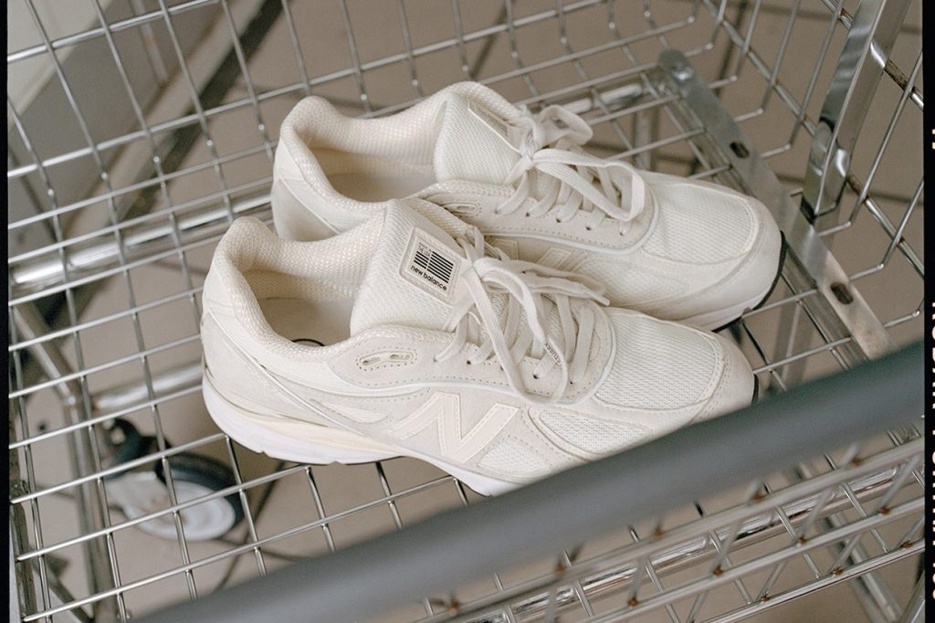 "Collaboration Stüssy x New Balance 990v4 ""Cream"""