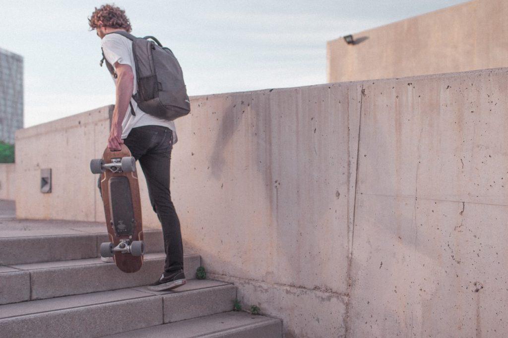 Elwing E1-500 : le skateboard électrique premium
