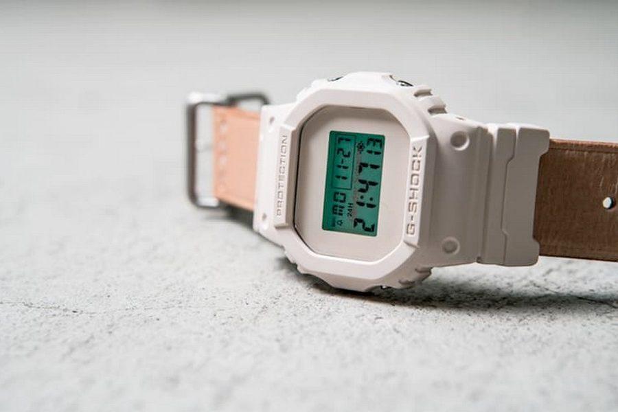 hender-scheme-x-g-shock-dw-5600hs-4jf-watch-03