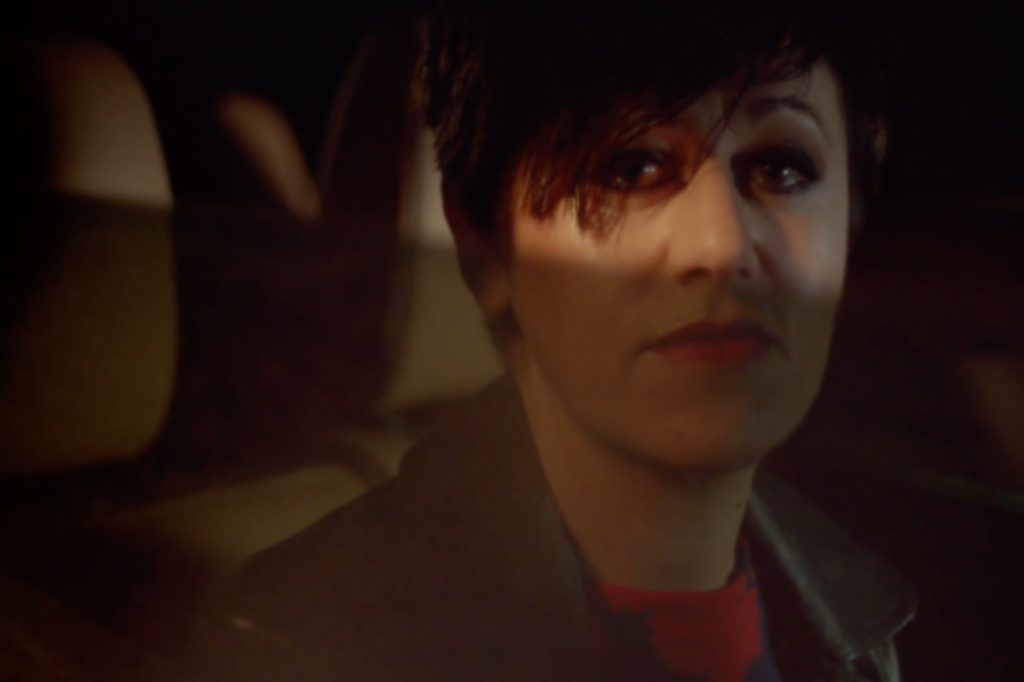 "Tracey Thorn – ""Queen"" Video"
