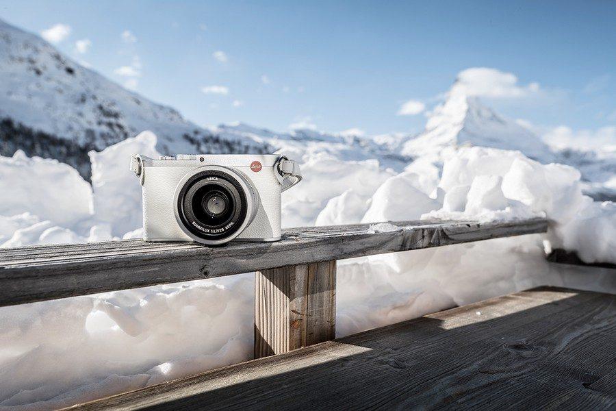 Leica-Q-Snow-by-Iouri-Podladtchikov-01