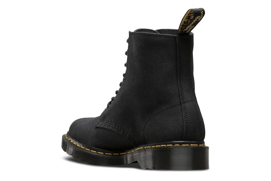 collection-capsule-dr-martens-x-british-millerain-06