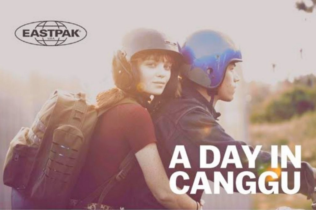"Éditorial: ""A Day In Canggu"" - Eastpak Printemps/Été 2018"