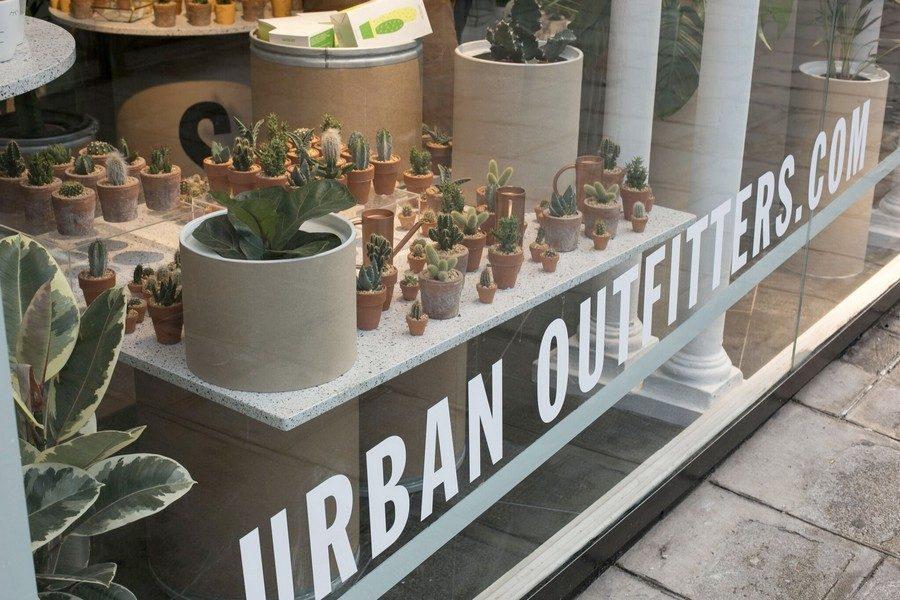 urban-outfitters-paris-rivoli-02