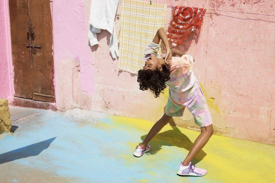 adidas-originals-by-pharrell-williams-hu-holi-powder-dye-05