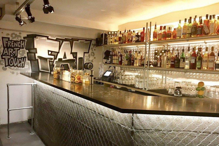 fat-bar-paris-01