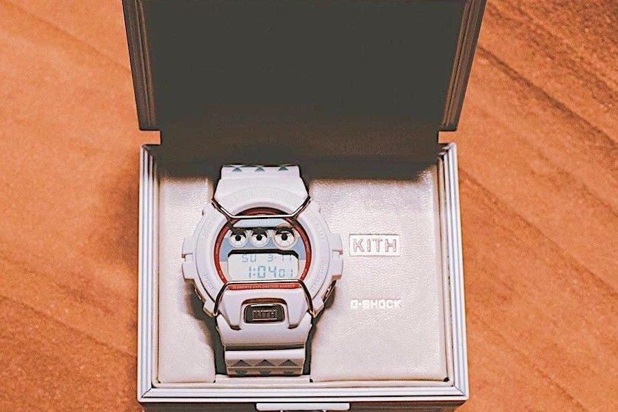 kith-x-g-shock-dw-6900-watch-05