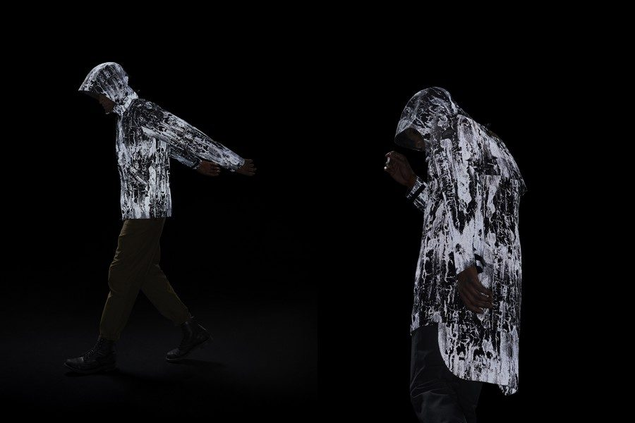 canada-goose-reflective-birch-bark-print-jackets-04