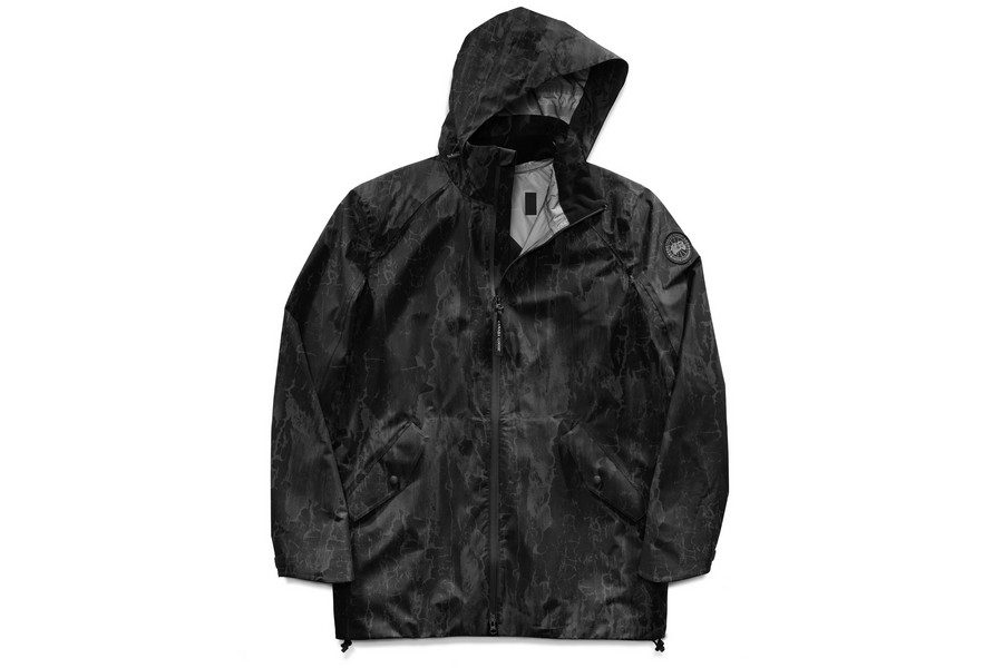 canada-goose-reflective-birch-bark-print-jackets-10