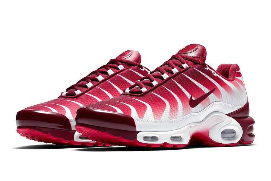 nike-air-max-plus-shark-inspired-tuned-air-06