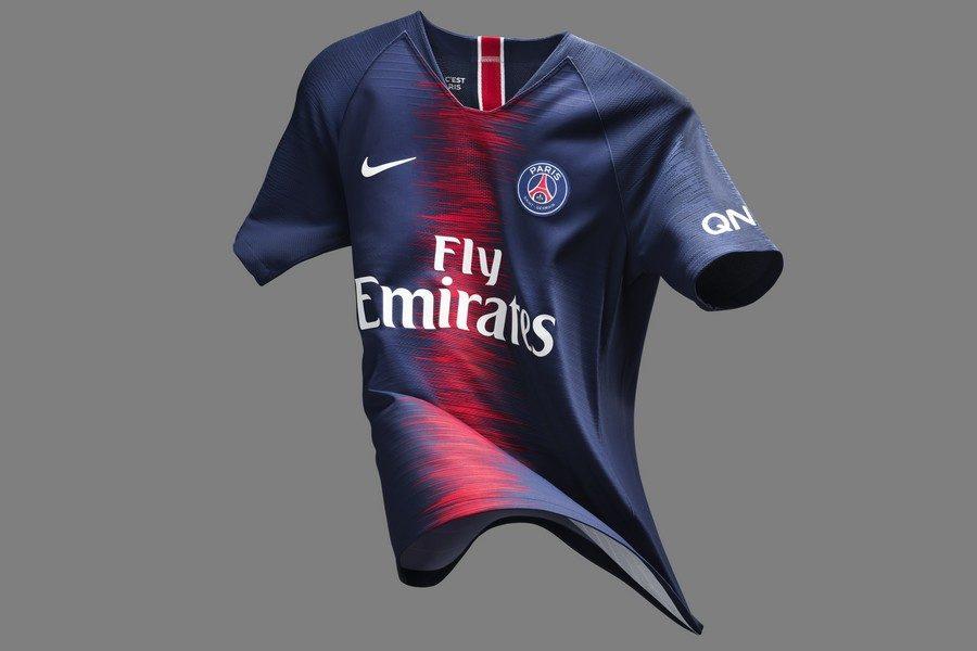 nike-football-x-psg-presentent-nouvelle-tenue-pour-la-saison-20182019-01