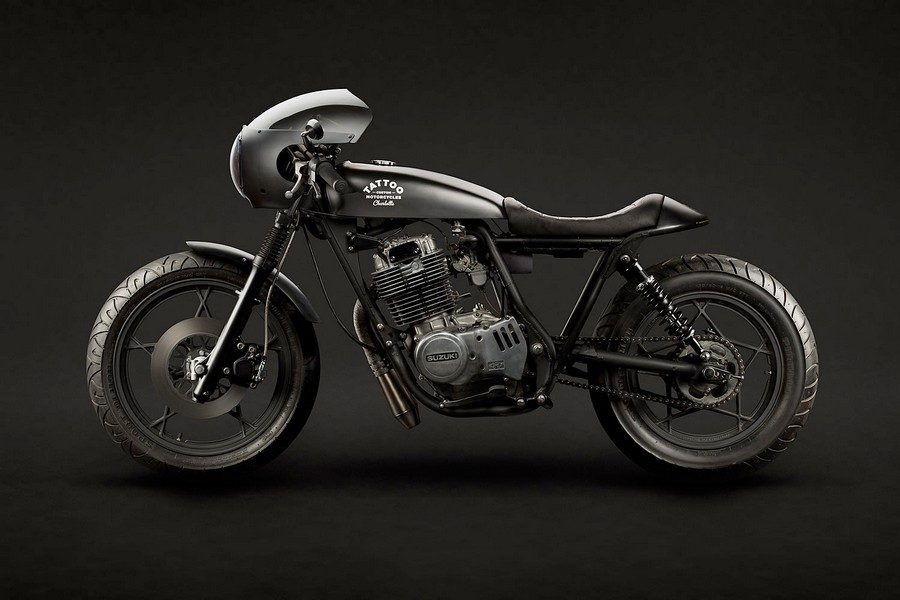 suzuki-gn400-vampire-slayer-par-tattoo-moto-01