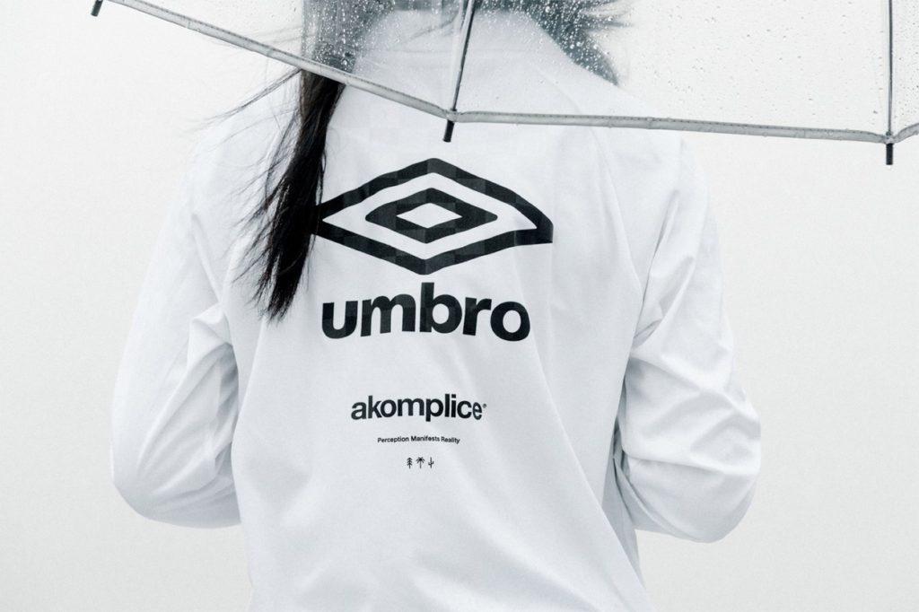 Akomplice s'associe à Umbro