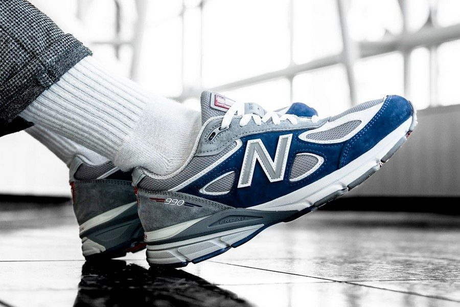 villa-dtlr-new-balance-990v4-memorial-day-01