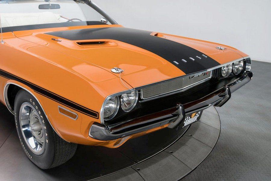 1970-dodge-challenger-r-t-06